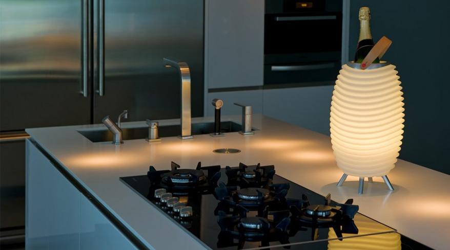 LED Leuchten mit Weinkühler und Bluetooth-Lautsprecher Model 35Pro